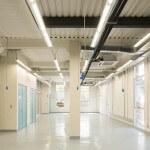 Nuevas Instalaciones Campus Creativo pasillo interior