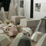 Espesor y la contracción de la cerámica