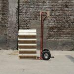 Estudiantes de Diseño de Productos en Campus Creativo UNAB diseñan puestos de ventas transportables ultra compactos