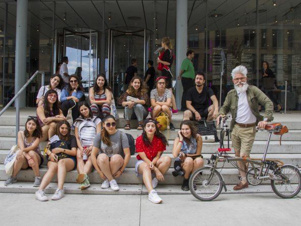 Eva Moreno con su grupo en el Art Fest