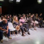Michael Bush, vestuarista de Michael Jackson, encantó a estudiantes de Campus Creativo
