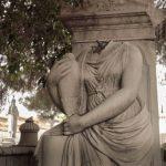 Profesor de Periodismo UNAB se sumergió en los cementerios 1 y 2 de Valparaíso