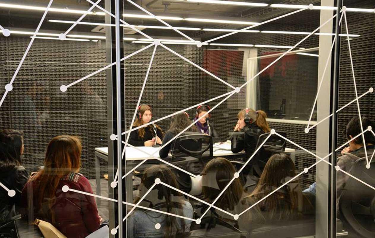 Estudio de radio - periodismo